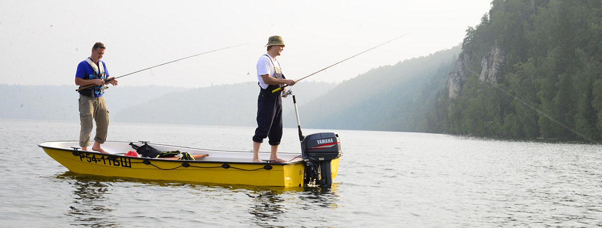 Как выбрать катер для рыбалки?